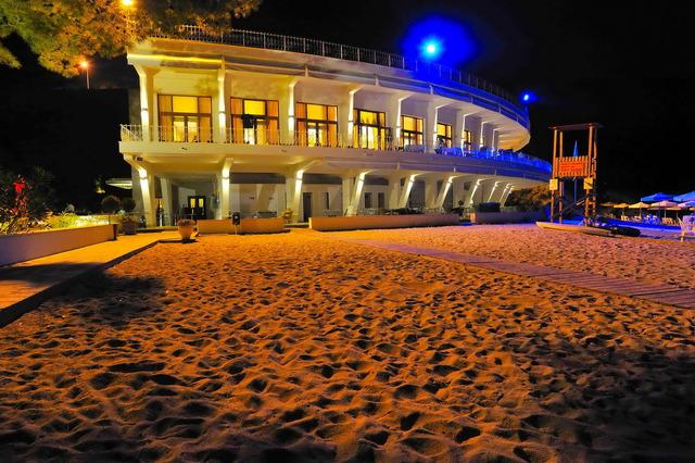 Tosca Beach Hotel